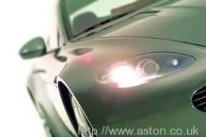 фотография Астон Мартин Aston Martin AMV8 Vantage 2006. Кликните для просмотра фото автомобиля большего размера.