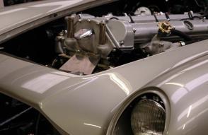 красивый Астон Мартин Aston Martin DB5 1965. Кликните для просмотра фото автомобиля большего размера.