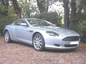 фото Астон Мартин Aston Martin DB9 Coupe 2005. Кликните для просмотра фото автомобиля большего размера.