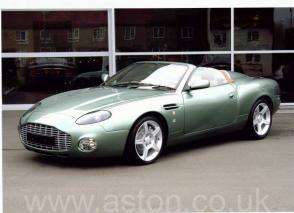 фото Астон Мартин Aston Martin DB AR1 2004. Кликните для просмотра фото автомобиля большего размера.