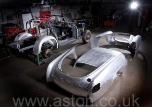 цвет Астон Мартин Aston Martin DB2/4 Vignale 1954. Кликните для просмотра фото автомобиля большего размера.