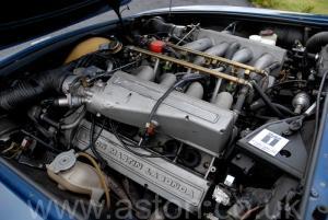 красивый Астон Мартин Aston Martin V8 Coupe 1986. Кликните для просмотра фото автомобиля большего размера.