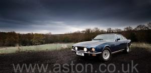 обзор Астон Мартин Aston Martin V8 Coupe 1986. Кликните для просмотра фото автомобиля большего размера.