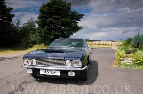 фото Астон Мартин Aston Martin DBS6 1970. Кликните для просмотра фото автомобиля большего размера.