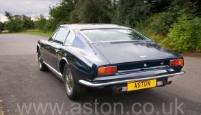 вид Астон Мартин Aston Martin DBS6 1970. Кликните для просмотра фото автомобиля большего размера.