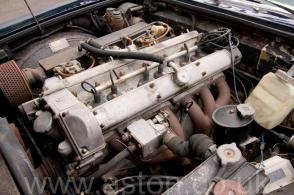 на дороге Астон Мартин Aston Martin DBS6 1970. Кликните для просмотра фото автомобиля большего размера.