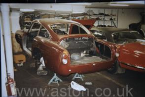 фотографии Астон Мартин Aston Martin DB5 Vantage Spec 1965. Кликните для просмотра фото автомобиля большего размера.