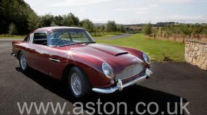 вид Астон Мартин Aston Martin DB5 Vantage Spec 1965. Кликните для просмотра фото автомобиля большего размера.
