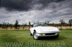 фото Лотус Lotus Elan S4 Open Sports 1971. Кликните для просмотра фото автомобиля большего размера.