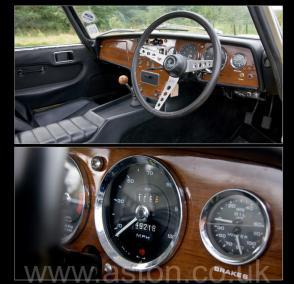 на дороге Лотус Lotus S3 Elan SE Limited Edition 1969. Кликните для просмотра фото автомобиля большего размера.