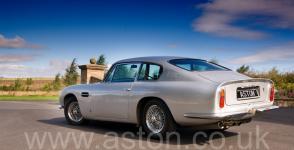 цвет Астон Мартин Aston Martin DB6 1967. Кликните для просмотра фото автомобиля большего размера.