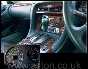 красивый Астон Мартин Aston Martin DB7 Coupe 1997. Кликните для просмотра фото автомобиля большего размера.