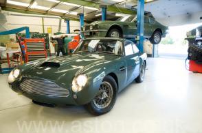 фото Астон Мартин Aston Martin DB4 GT 1961. Кликните для просмотра фото автомобиля большего размера.