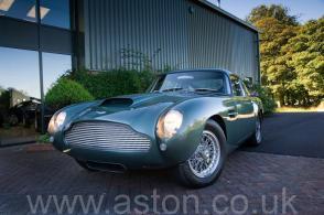 роскошный Астон Мартин Aston Martin DB4 GT 1961. Кликните для просмотра фото автомобиля большего размера.