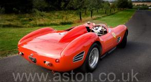 обзор Феррари Ferrari 246S Dino Front Engine Sports Racer 1968. Кликните для просмотра фото автомобиля большего размера.