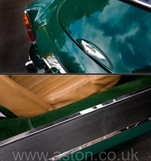 цвет Астон Мартин DB2/4 MkIII 1958. Кликните для просмотра фото автомобиля большего размера.