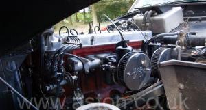 на дороге Астон Мартин DB2/4 MkIII 1958. Кликните для просмотра фото автомобиля большего размера.