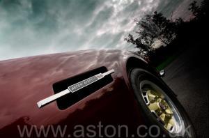 вид Астон Мартин Aston Martin V8 Volante 1980. Кликните для просмотра фото автомобиля большего размера.
