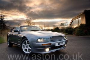 купить Астон Мартин Aston Martin V8 Volante - LWB 2000. Кликните для просмотра фото автомобиля большего размера.