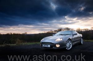 фото Астон Мартин Aston Martin DB7 Vantage 2004. Кликните для просмотра фото автомобиля большего размера.