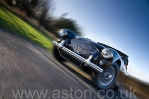 фото Austin Healey 100M 1955. Кликните для просмотра фото автомобиля большего размера.