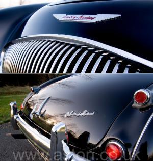 вид Austin Healey 100M 1955. Кликните для просмотра фото автомобиля большего размера.
