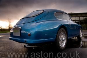 разгон Астон Мартин DB2/4 Mk 1 1955. Кликните для просмотра фото автомобиля большего размера.