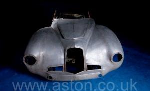 обзор Астон Мартин DB1 1950. Кликните для просмотра фото автомобиля большего размера.