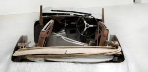 на дороге Астон Мартин DB1 1950. Кликните для просмотра фото автомобиля большего размера.