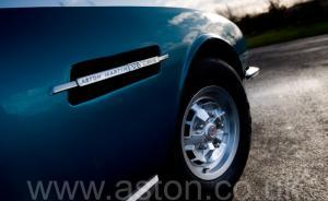 фото Астон Мартин DBS V8 1972. Кликните для просмотра фото автомобиля большего размера.