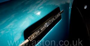 на трассе Астон Мартин DBS V8 1972. Кликните для просмотра фото автомобиля большего размера.