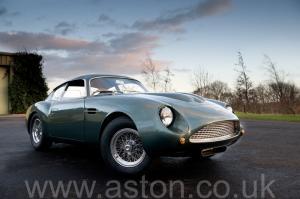 фотография Астон Мартин DB4 GT Zagato 1960. Кликните для просмотра фото автомобиля большего размера.