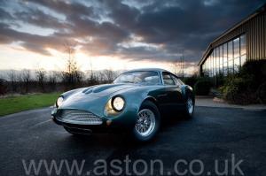 фото Астон Мартин DB4 GT Zagato 1960. Кликните для просмотра фото автомобиля большего размера.
