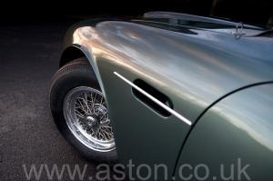 цвет Астон Мартин DB4 GT Zagato 1960. Кликните для просмотра фото автомобиля большего размера.
