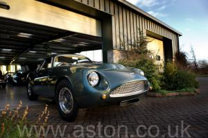 красивый Астон Мартин DB4 GT Zagato 1960. Кликните для просмотра фото автомобиля большего размера.