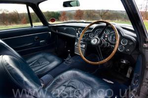 салон Астон Мартин DB6 Mk1 1968. Кликните для просмотра фото автомобиля большего размера.