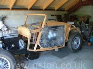 купить Астон Мартин 2Lit 15/98 DHC 1939. Кликните для просмотра фото автомобиля большего размера.