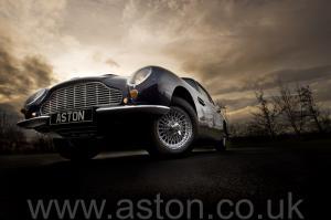 вид Астон Мартин DB6 Mk1 1968. Кликните для просмотра фото автомобиля большего размера.
