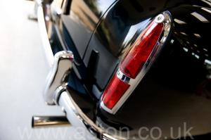 роскошный Астон Мартин DB2/4 MkIII DHC 1958. Кликните для просмотра фото автомобиля большего размера.