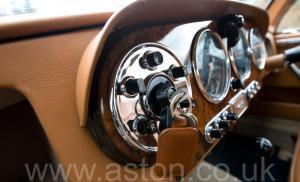 обивка Астон Мартин Последний DB2 Mk1 1953. Кликните для просмотра фото автомобиля большего размера.
