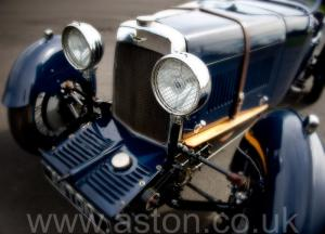 на дороге Астон Мартин 1.5Lit International 1930. Кликните для просмотра фото автомобиля большего размера.