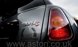 фотографии Mini Cooper S Schnitzer AC Schnitzer 2002. Кликните для просмотра фото автомобиля большего размера.