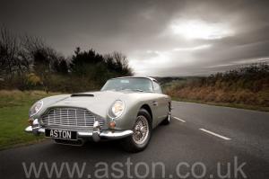 купить Астон Мартин DB5 1963. Кликните для просмотра фото автомобиля большего размера.
