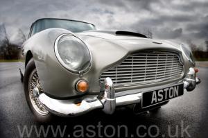 фотографии Астон Мартин DB5 1963. Кликните для просмотра фото автомобиля большего размера.