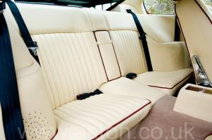 вид Астон Мартин V8 Vantage X-Pack 1988. Кликните для просмотра фото автомобиля большего размера.