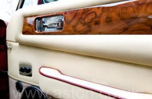 на трассе Астон Мартин V8 Vantage X-Pack 1988. Кликните для просмотра фото автомобиля большего размера.