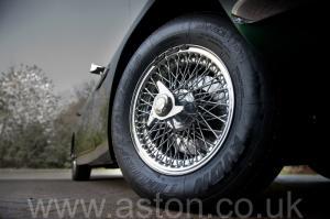 фотография Астон Мартин DB6 Mk 1 1966. Кликните для просмотра фото автомобиля большего размера.