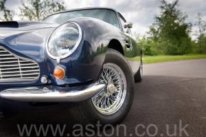 фотография Астон Мартин DB6 Mk 1 спецификации Vantage 1967. Кликните для просмотра фото автомобиля большего размера.