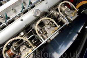 обзор Астон Мартин DB6 Mk 1 спецификации Vantage 1967. Кликните для просмотра фото автомобиля большего размера.