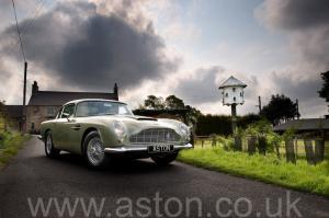 купить Астон Мартин DB5 1965. Кликните для просмотра фото автомобиля большего размера.